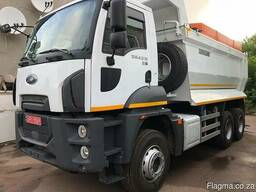 Road service vehicle - photo 2